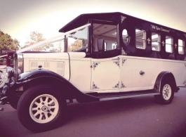 8 seat bus for weddings in Harlow